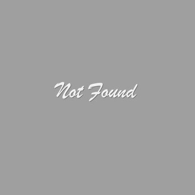 原创,白背景,前发,裸足,茶发,发饰,长发,长袖,视线正对,迷你短裙,紫色眼,衬衫,坐姿,短裙,笑顔,single,结发,双马尾